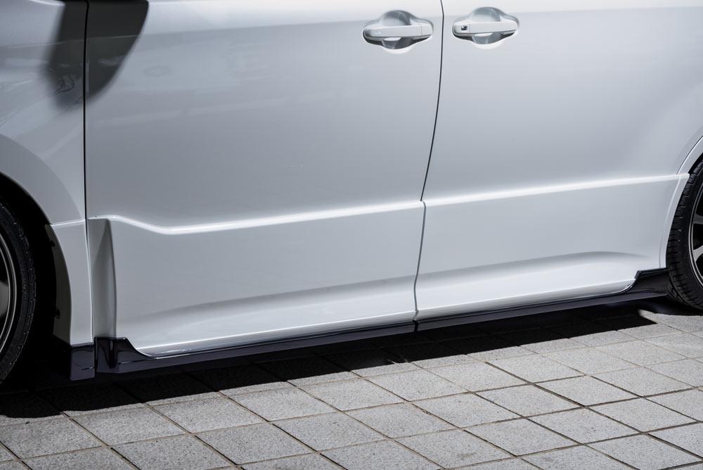 エムズスピード ノア ノアハイブリッド ZRR80W ZWR80W 後期 サイドステップ 塗分け塗装済み 3173-2111-222 グレースライン ゼウス