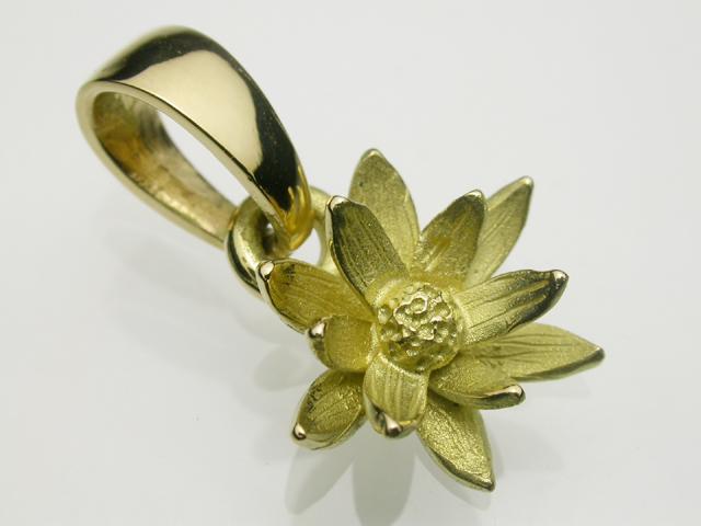 Lotus・ペンダント・K18ゴールド