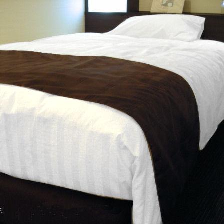 デュベ ホテル仕様の羽毛ベッドカバー(デュベスタイル) S(シングル)サイズ 普段はホテルの客室にお納めしている寝具(お布団兼ベッドカバー)を、ご家庭向けに1枚からお届けします!これで自宅の寝室インテリアが本物のホテル客室に変身! 送料無料 日本製