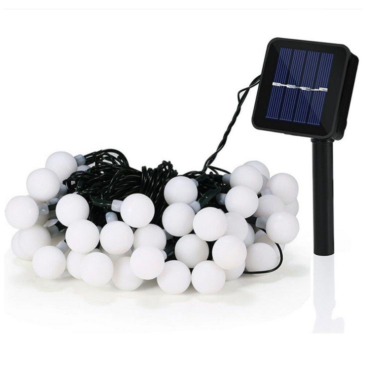 好評 防水 信託 屋外 キャンプ場やイベントに 光センサー内蔵 自動点灯 点灯 点滅 2モード クリスマスイルミライト 60m 30球イルミネーションライト 30LINELED ソーラーLED ソーラー充電 ガーデンライト