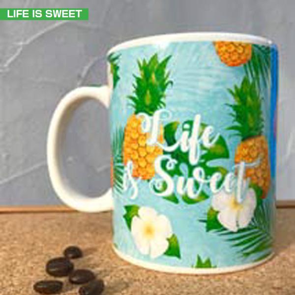 <title>マグ カップ コップ Life is Sweet お求めやすく価格改定 パイナップル hawaii ハワイアン雑貨 PICK The HAWAII IH-MC-LIFE</title>