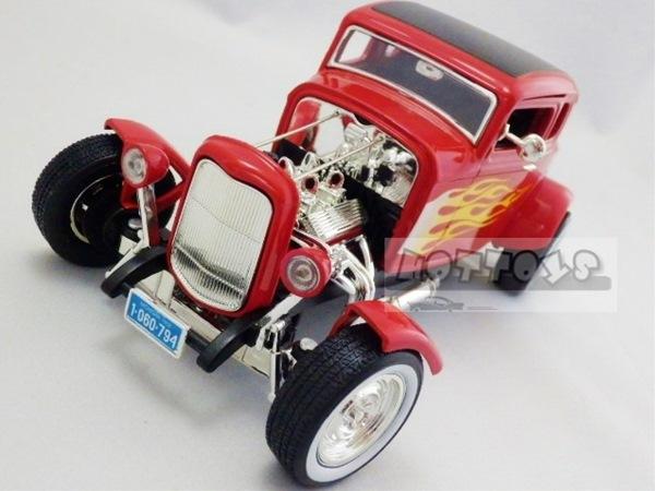 ◎1/18 MOTOR MAX★アメリカングラフィティー  1932年 デュースクーペ 赤色【限定品/絶版】予約商品!