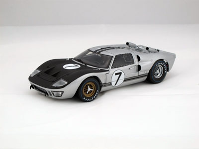 1/18 SHELBY COLLECTIBLES☆1966 フォード GT40 MK2 #7 銀 特別限定モデル!【予約商品】