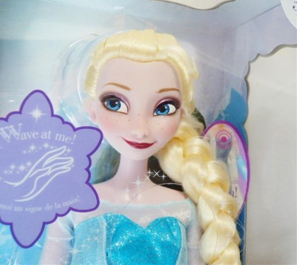 ◎アナと雪の女王 エルサ ディズニー / あの名曲「Let it go♪」を歌う♪ エルサの人形