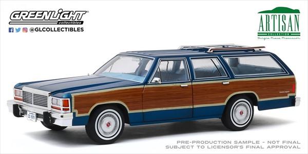 ミニカー 1/18 GREENLIGHT☆1979 フォード・カントリースクエア・ステーションワゴン 青 ウッディワゴン Ford LTD Country Squire 【予約商品】