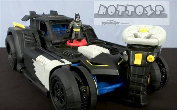 【ラジコンカー】◎巨大!トランスフォームラジコン!  バットマン バットモービル サウンド&ミサイル発射付