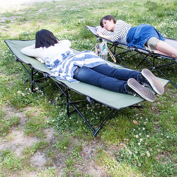 自然の中でお昼寝♪ キャンプベッド 折りたたみ  アウトドアベッド サマーベッド ビーチベッド アウトドアチェア 軽量 椅子 折り畳み 持ち運び キャンピングベッド ベランダ テラス 日光浴 日焼け