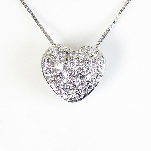 SANSUI K18WGダイヤモンド、ハートのペンダント宝石サンゴ 天然 本さんご コーラル