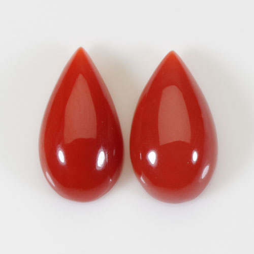 赤珊瑚 ピアス ペアシェープ K18 無染色 SANSUI宝石サンゴ 天然 本さんご コーラル