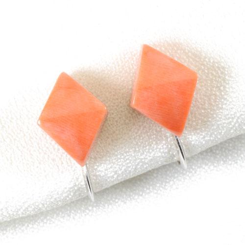 桃珊瑚 イヤリング シルバー 無染色 SANSUI 宝石サンゴ 天然 本さんご コーラル