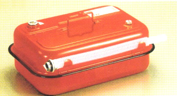 お得 ガソリンの持ち運びは定められた金属缶で 田巻 ガソリン携行缶TS-10 登場大人気アイテム 国産品 10L