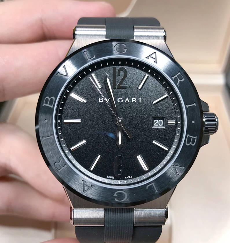 【新品】 BVLGARI ブルガリ ディアゴノ DIAGONO DG42BSCVD 102029 ステンレススチール・セラミック メンズ 腕時計 watch 【送料・代引手数料無料】
