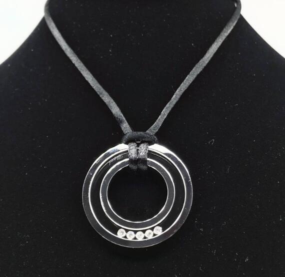 【新品】Chopard ショパール HAPPY DIAMONDS 18Kホワイトゴールド ダイヤモンド ネックレス 796243-1001 (18Kホワイトゴールド16.5g/ダイヤ0.28ct)