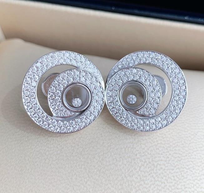 【新品】Chopard ショパール HAPPY DIAMONDS イヤリング 18Kホワイトゴールド ダイヤモンド 837109-1001 (18kホワイトゴールド22.2g/ダイヤ1.57ct)