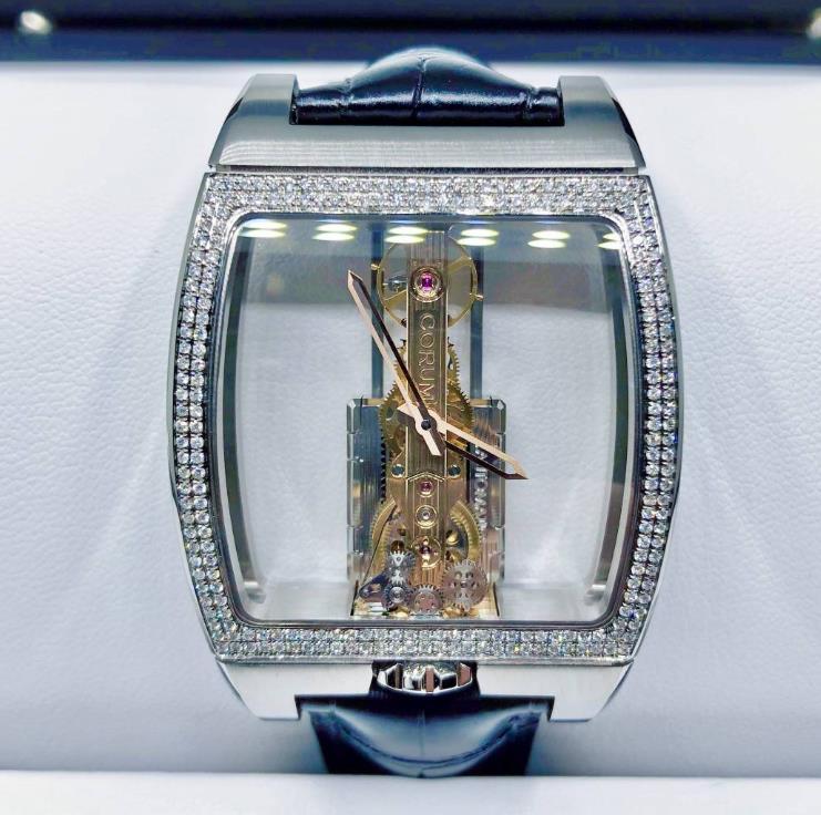 【新同品】CORUM コルム チタンミニオム ブリッジ B113/03441 アフターダイヤモンド メンズ 腕時計 watch【1年保証】