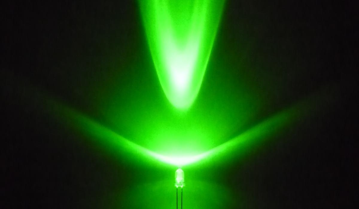 3mm緑色LED 10個 10個セット 国産砲弾型3φ緑色LED お洒落 手作りイルミネーション 電子工作 DIY 卓出