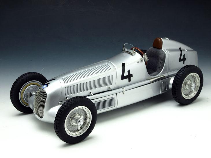 ミニカー CMC / シーエムシー メルセデス ・ ベンツW25 35 # 4 シルバー CMC / シーエムシー メルセデス ・ ベンツW25 35 # 4 シル Mercedes benz