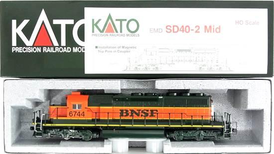 【中古】HOゲージ/KATO 37-6613 EMD SD40-2 Mid Burlington Northern Santa Fe #6744【A】