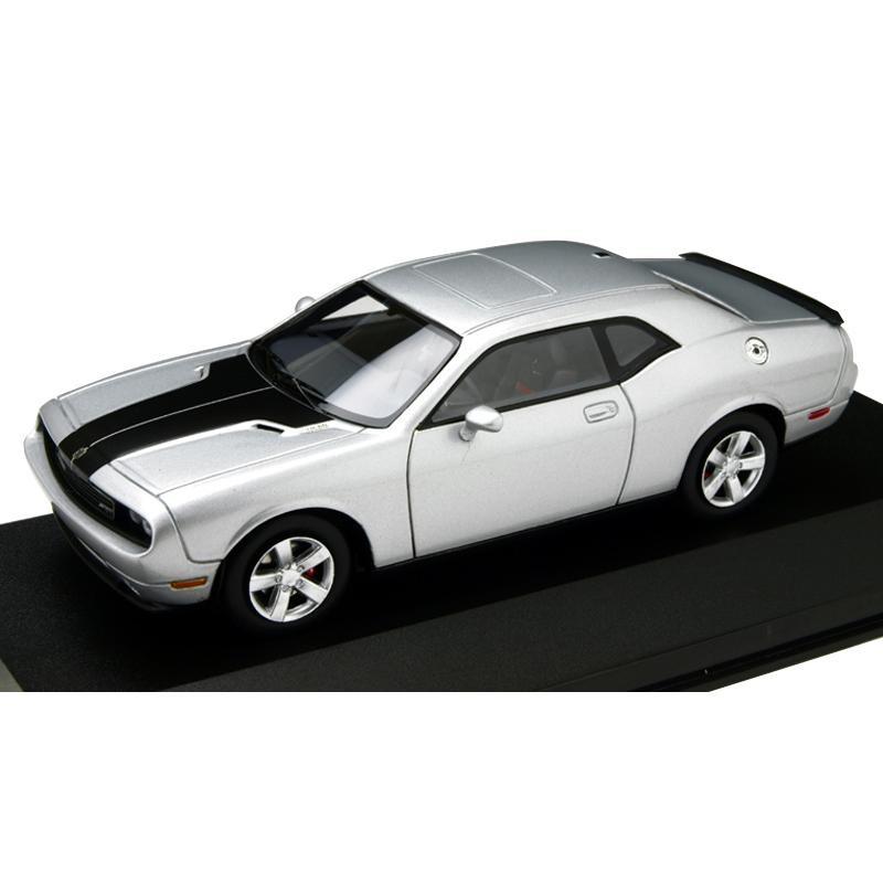 本物を忠実に再現したモデルカー Premium-X プレミアムX ダッジ ショップ チャレンジャー SRT8 当店は最高な サービスを提供します 2009 43スケール 1 一部離島お届け不可 シルバー PR0033 北海道 沖縄県
