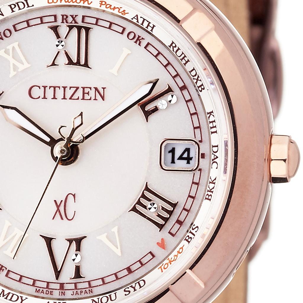 【5年保証対象】シチズン腕時計 CITIZEN時計 CITIZEN 腕時計 シチズン 時計 クロスシー ティタニア ライン ハッピー フライト XC TITANIA LINE HAPPY FLIGHT レディース ホワイト EC1112-06A 革ベルト エコ・ドライブ 電波時計 ブラウン マスコミ モデル チタン