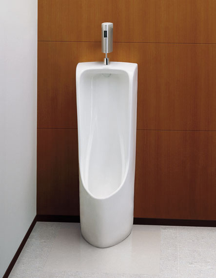 【送料無料】TOTO 床置小形小便器+自動洗浄システムセットUFH508CR+TEA62ADS