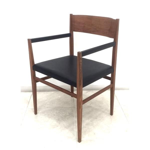 展示品処分 10%OFF! 宮崎椅子製作所 menu メニューアームチェア ウォールナット 阿久津宏デザイン