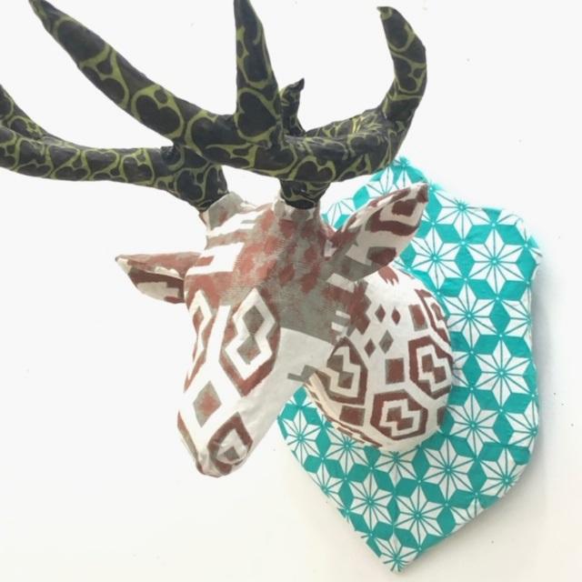 ディアヘッド Deer Head mini ミント/ホワイト 剥製 アニマルヘッド 鹿 トナカイ オブジェ アート 置物 その他 壁掛け