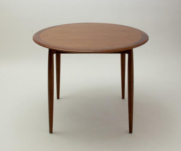 宮崎椅子製作所 Universe ユニバースダイニングテーブル カイ クリスチャンセンデザイン Miyazaki Chair Factory Kai Kristiansen
