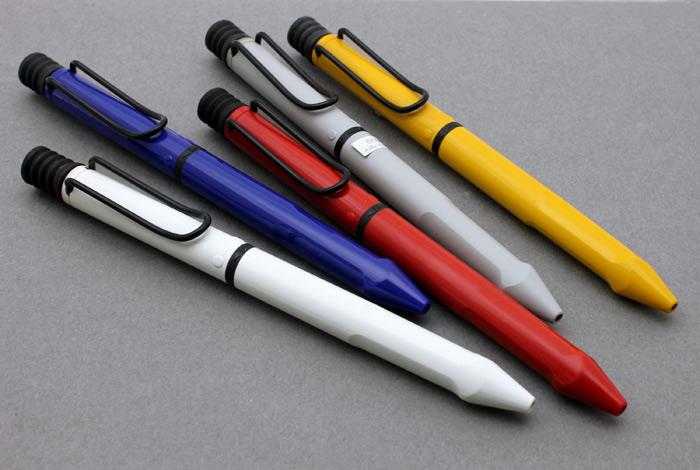 C Safari 双笔 2002年停止难得的典范 !幻像多功能笔