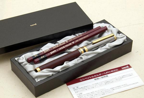 Uni 的 50 周年铅笔持有人限量版 !