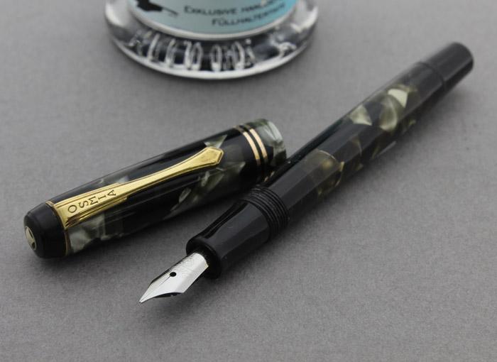 61复古14钱小钢笔活塞吸入式深的色彩的seruroidooburikunibu 1930年代德国钢笔的风格