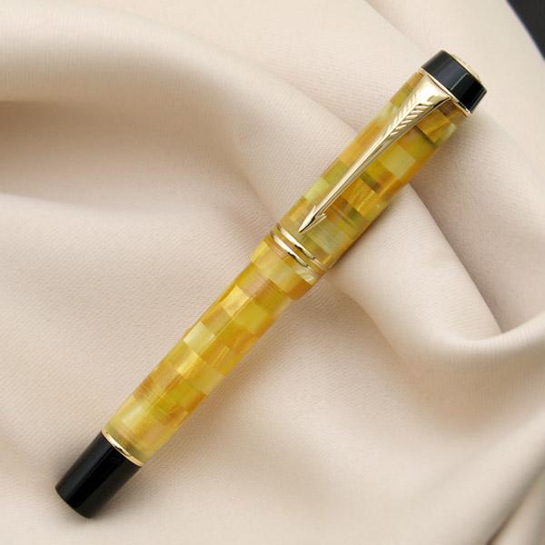 对戴米检查西特林钢笔女性而言正好的尺寸