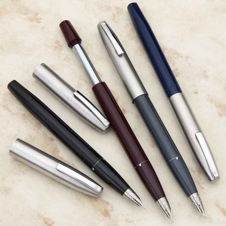 帝国 2 豪华自来水笔红色 / 蓝色 / 灰色 / 黑色全 4 色墨水吸入触地得分型圆柱形不锈钢笔塑料车身短,简单的剪辑