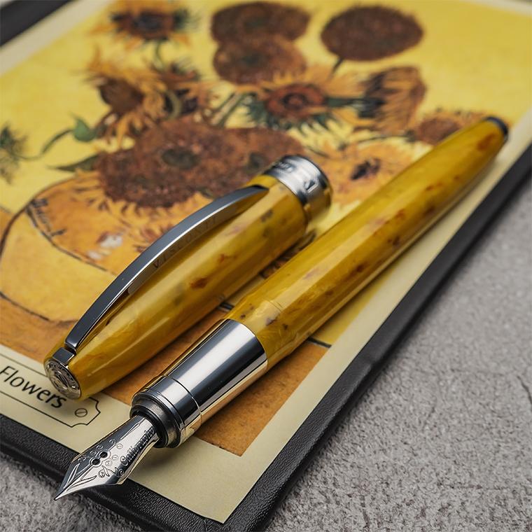 【VI70】【VISCONTI/ビスコンティ】Van Gogh 2011 万年筆 Impressionist Sunflower/ひまわり EF(カリグラフィーニブ)/M(中字)ヴァン・ゴッホの名画をオマージュしたシリーズ イエロー マーブル【即納/宅配便対応 保証 イタリア製 ファン・ゴッホ 平行輸入品】