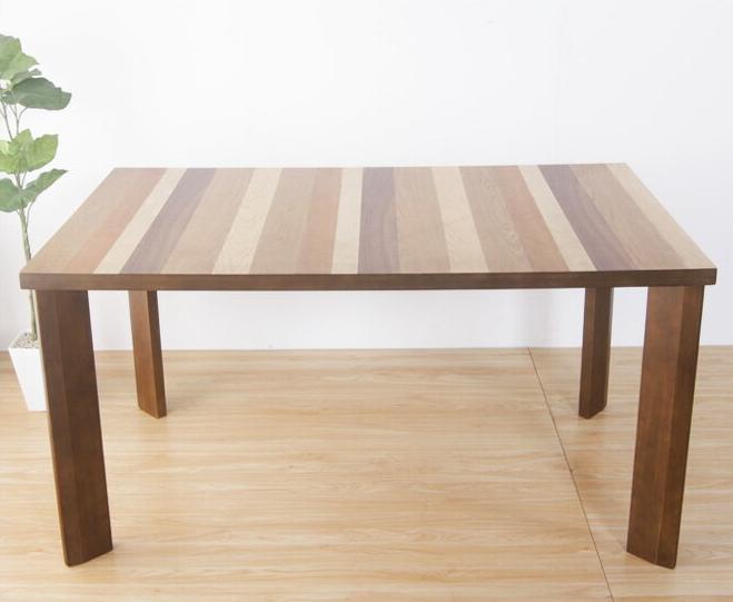 突板貼り合わせでおしゃれな天板のダイニングテーブル 幅135cm おしゃれ ブラウン ナチュラル シンプルモダン 脚部は天然木ラバーウッド キッチンテーブル 食卓テーブル 食事用テーブル 木製テーブル 木のテーブル 高級感 [送料無料]