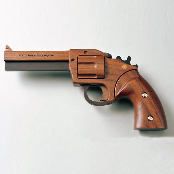 旭川クラフト 木製ゴム鉄砲 GRASP コルトパイソン 357 専用ベース無 北米産のウォルナットを贅沢に使用 安全性・操作性に優れ、画期的な5連射機能付き インテリアにも! ホビークラフト・日本製・手作り・クラフト・北海道・旭川クラフト・ササキ工芸