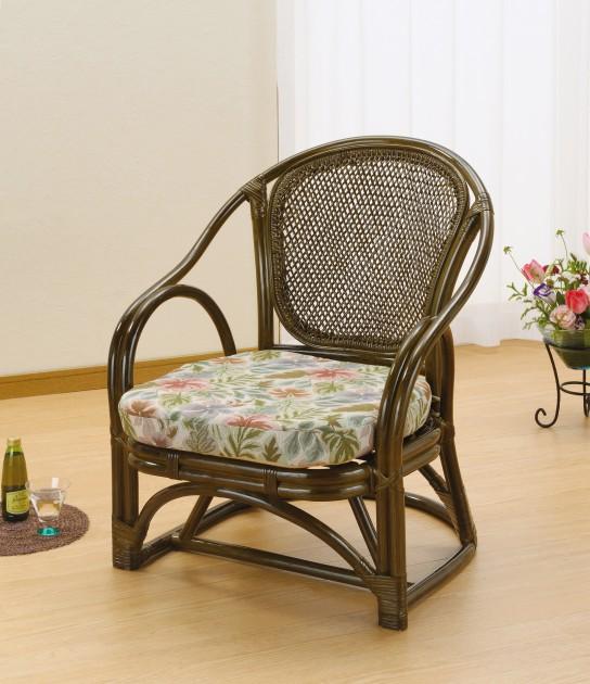 多色使いの立体的な柄が、美しく華やかな印象。 アームチェアー イス・チェア 座椅子 籐製 送料無料 新生活 引越