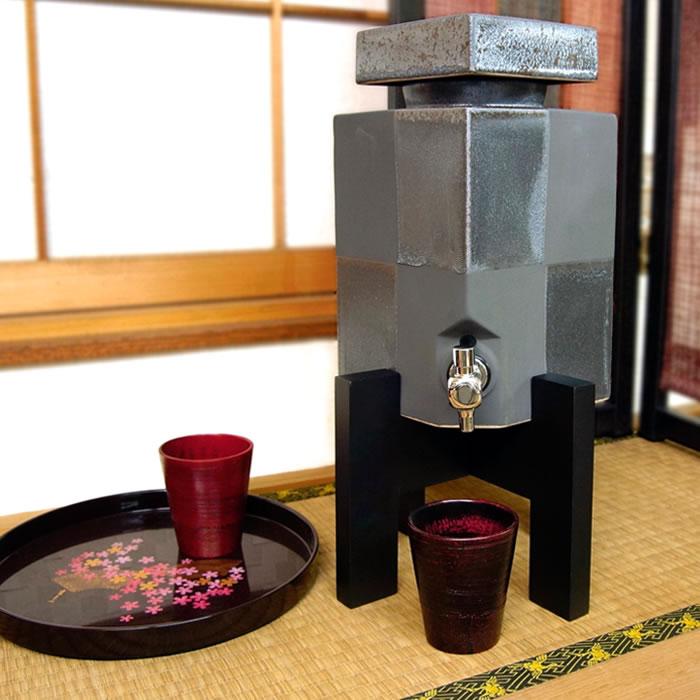 【名入れ対応】日本六古釜 常滑焼 佳窯 黒市松焼酎サーバー3L おしゃれ 焼酎サーバー 父の日・新築祝い・開店祝い・敬老の日のプレゼントなどに 名入れ 日本製 和食器