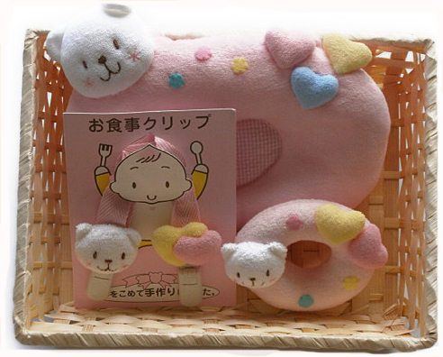 ベビー枕ドーナツ枕で抱っこ枕にもなるベビー枕のギフトセット 授乳まくら=出産祝いやギフトにも人気のベビー用品:タオル製ベビー服専門店ハイディ
