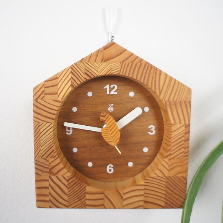【残り1点限り】 KICORI ミニクロック K209 (W) 木の時計 キコリ 無垢 国産 送料無料 置き時計 壁掛け 木製 掛け時計 木製時計 おしゃれ ナチュラル