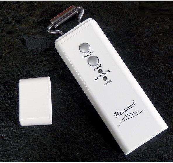 電子イオンローラー レゾアヴェーレR-1 ローラーリフト美顔器 ホームエステ美顔機 【楽ギフ_メッセ入力】