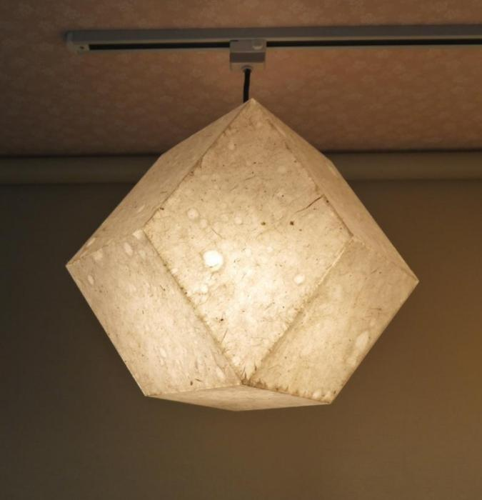 AMIT-351 アクリル行灯「舞」(吊)名尾和紙使用 楮落水紙繊維入り