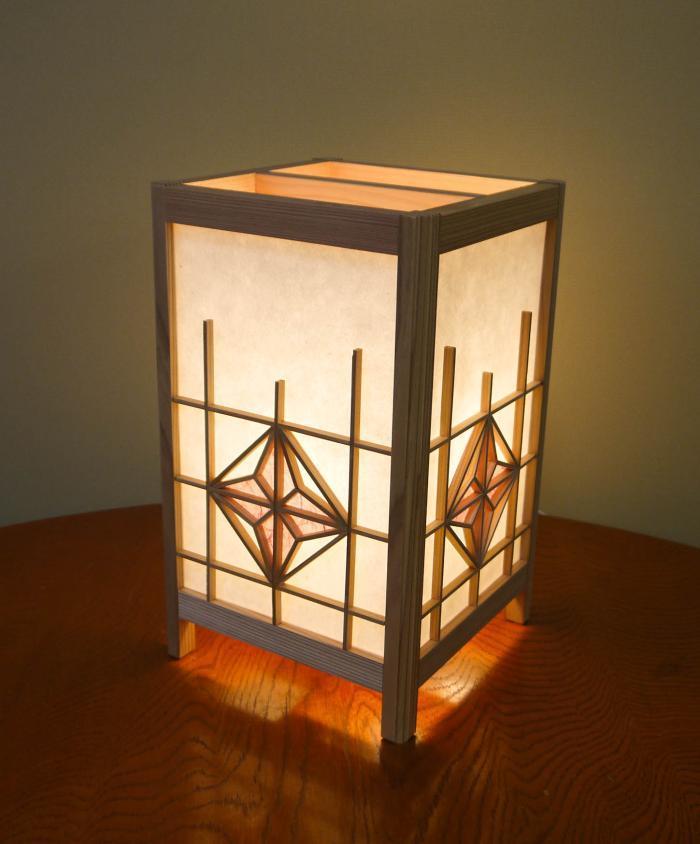 ADTP-1646 角行灯「匠」 Mサイズ 楮和紙 無地きなり 朝顔組子 染和紙デザイン(薄紫色)