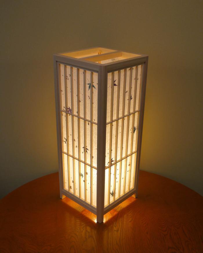 ADKM-001 組子行灯 「極」LLサイズ 手漉き和紙紅葉入り / 桧材