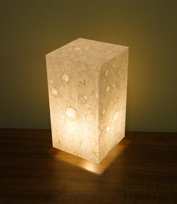 AAM-073 アクリル行灯 Mサイズ 名尾和紙使用 楮繊維入り落水紙 LED電球