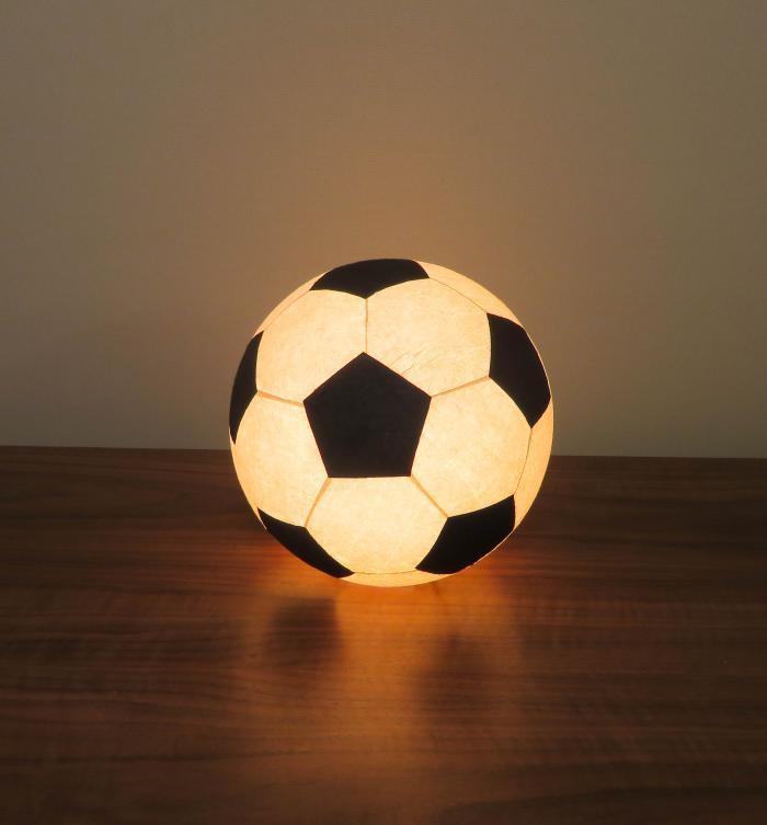 AMIO-211A 球体行灯「舞」(置) サッカーボールランプ 手漉きモミ和紙(LED電球色)