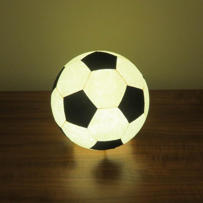 AMIO-211B 球体行灯「舞」(置) サッカーボールランプ 手漉きモミ和紙(LED昼光色)