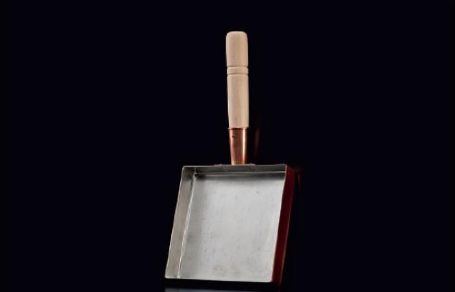 ふっくらしっとりと本格的に焼き上がる丸新銅器製の銅玉子焼器 OUTLET SALE 関東型15cm 卵焼き 純銅製 フライパン 銅製たまご焼き器 燕三条 本店 日本製 国産 錫引き だし巻き卵 0時~ポイント10倍 調理器具 丸新銅器 10 11日1:59まで キッチン用品 銅玉子焼器 9
