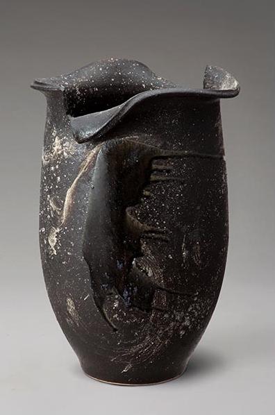 黒釉ビードロ変形傘立 伝統的な味わいのある信楽焼き 傘立て 傘入れ 和テイスト 陶器 日本製 信楽焼 傘収納 焼き物 和風 しがらき