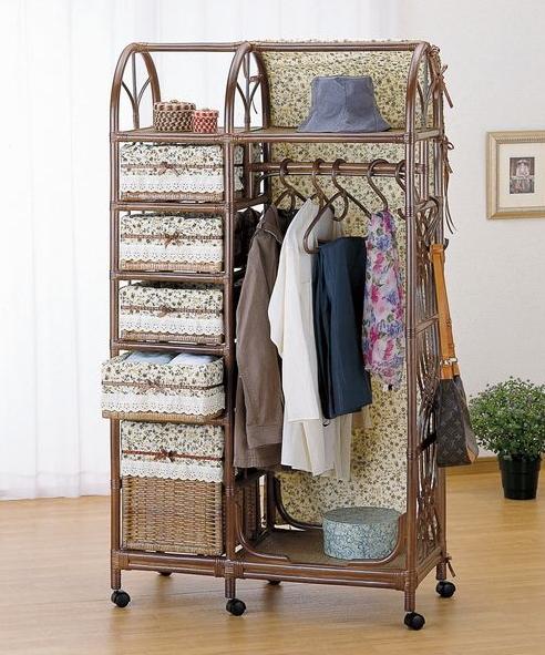 サッと洋服が掛けられるおしゃれな藤のハンガーラック ハンガーラック 多棚タイプ 収納家具 玄関収納 コートハンガー 送料無料